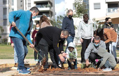 הוד השרון מרחיבה את פרויקט הגינות הקהילתיות